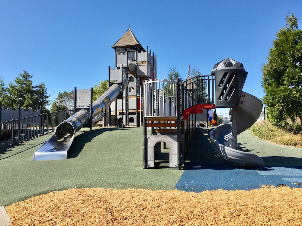 magic mountain playgrounds